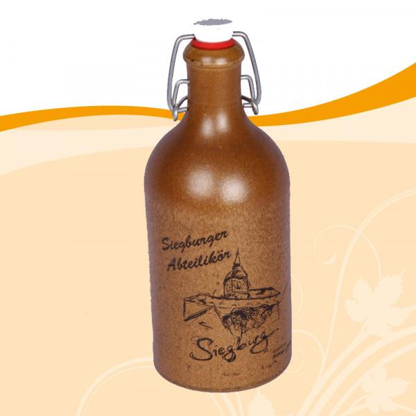 Siegburger Abteilikör in der Steingutflasche